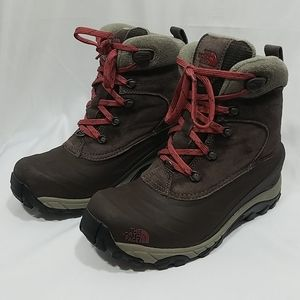 The North Face Mens Snow Boot 200 Grams Insulation